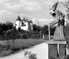 Efteling 60 jaar met het kasteel van Doornroosje en de heks