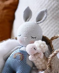 VK is the largest European social network with more than 100 million active users. Our goal is to keep old friends, ex-classmates, neighbors and colleagues in touch. Diy Crochet Toys, Crochet Animal Amigurumi, Crochet Animal Patterns, Easter Crochet, Stuffed Animal Patterns, Cute Crochet, Knitting Patterns, Amigurumi Toys, Crochet Hook Sizes