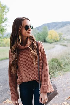 stylish sweaters outfit for cold winter 8 ~ thereds. Cute Fall Outfits, Winter Fashion Outfits, Fall Winter Outfits, Look Fashion, Autumn Winter Fashion, Spring Outfits, Casual Outfits, Casual Attire, Winter Clothes