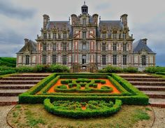 Château de Beaumesnil | @kausaustralys French Cottage, French Country House, French Country Decorating, Villas, Versailles Paris, 2 Bedroom House Plans, Mansions Homes, Luxury Mansions, Garden Villa