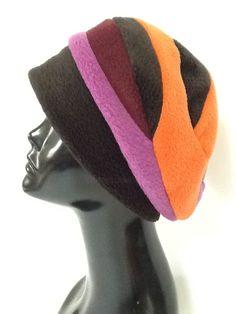 Chapeau bonnet 1 (Artisanat), 23x30x1 cm par valerie castets Chapeau en  polaire noir 8c6d40b51aa