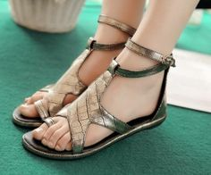 Shoespie Glitter Buckle Toe-Strap Flat Sandals ~Boots & Shoes : Shoespie Glitter Buckle Toe-Strap Flat Sandals - See more at: http://spenditonthis.com/cat-14-shoes-newest.html#sthash.NViKOdLi.dpuf