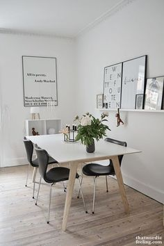Charming Minimalist Dining Room Design with American Style Ideas - Decorate Your Home Dining Room Design, Dining Area, Ikea Dinning Table, Dining Room Wall Art, Black And White Dining Room, Black White, Minimalist Dining Room, Modern Minimalist, Minimalist Decor