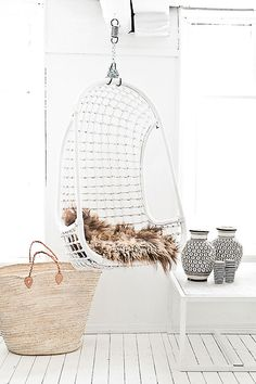 Inspiration in white . . . hanging chair at La MAISON PERNOISE - Concept Store