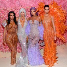 Kim Kardashian Kanye West, Estilo Kardashian, Kardashian Style, Kardashian Jenner, Kardashian Fashion, Kardashian Family, Kourtney Kardashian, Kylie Jenner Outfits, Trajes Kylie Jenner