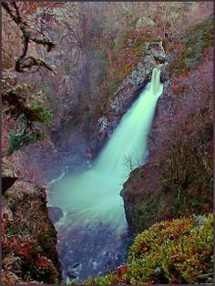 Falls of Foyers, Loch Ness, Scotland.-----beautiful picture!!!