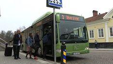 I samband med bygget av det nya stads- och stationshuset i Växjö har en mängd problem dykt upp för stadens busschaufförer. Flera gånger om dagen tvingas de bryta mot olika trafikregler.