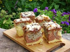 Babka na oleju według siostry Anastazji Polish Recipes, Polish Food, Apple Cake, Pound Cake, Sugar Cookies, Sweet Recipes, Banana Bread, Deserts, Good Food