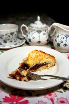 Gateau Basque: It's a pie. It's a cake, and tastes like a buttery cookie! http://www.simplelivingeating.com/2014/07/gateau-basque-french-fridays-with-dorie.html#more #cakerecipes #gateau #frenchfridayswithdorie