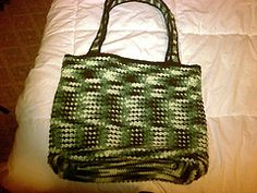 Ravelry: Farmers Market Tote Bag pattern by Julie Monahan