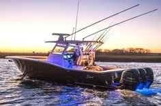 Scout 350 LXF Center console sport fishing boat