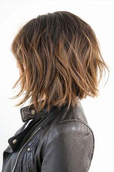 awesome Модная стрижка градуированное каре (50 фото) - Варианты на средние и короткие волосы Читай больше http://avrorra.com/strizhka-graduirovannoe-kare-foto/
