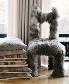 "Via Solid frog: ""Friends style VII"" -- I CANNOT look at this chair without thinking of a sheepdog and laughing!!"