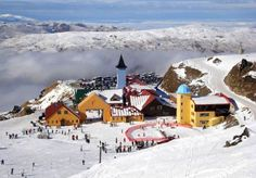 Whether you're on a Queenstown skiing holiday or on an NZ snow trip with friends, Cardrona Alpine Resort has got you covered - conveniently nestled between Queentown & Wanaka. New Zealand Snow, Lake Wanaka, Kids Around The World, Adventure Tours, Holiday Destinations, Travel Destinations, Skiing, Snowboarding, South Island
