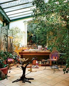 Gah. We are just so jealous of this lush, sun-drenched greenhouse studio devised by Joy de Rohan Chabot. (New York Times piece).