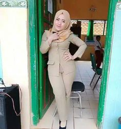 32 Super Ideas For Sport Girl Fashion Sexy Women Muslim Girls, Muslim Women, Hijab Fashion, Girl Fashion, Womens Fashion, Hijab Chic, Girl Hijab, Beautiful Hijab, Sport Girl