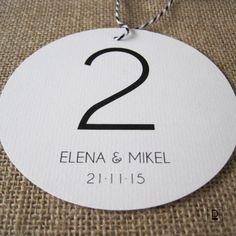 MESERO HAZEL BY DESTIE, diseño, design, diy, creatividad, creative, diseño personalizado, meseros, numeros para mesas, boda, bodas, wedding,  bodas de diseño, bodas creativas