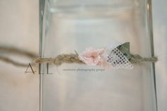Newborn photo prop. Tieback with jute, lace and knitted fabric.