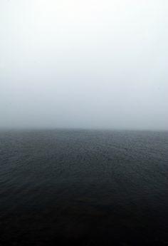 Muito bem, mar: muito calmo, não trouxeste o terramoto do Irão; obrigada.