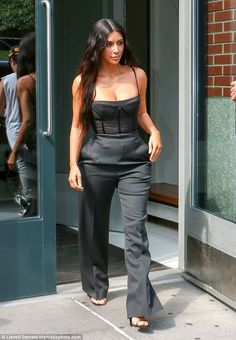 May 14 - Kim leaving her apartment in NYC