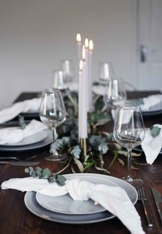 Simple Christmas Table Styling Simple Christmas Table Styling A Simple And Elegant Christmas Table With A Grey White And Green Colour Palette Flickering Candlelight And Lots Of Natural Foliage Simple Christmas Table Styling These Four Walls Minimalist Christmas, Nordic Christmas, Elegant Christmas, Modern Christmas, Simple Christmas, Christmas Home, Xmas, Christmas Ideas, Christmas Dining Table