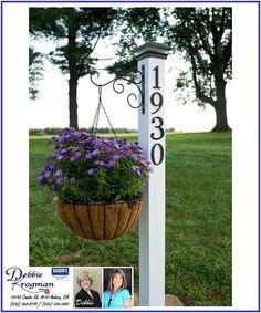 Make your address sign POP! Debbie Krogman ~ Realtor www.FoothillsProperty.com #krogmanrealtor #krogmantips #addresssigns #flowers