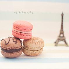 Mini Eiffel Tower and Macarons