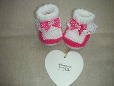 Delightful hand knitted baby girls  bootie to fit age 0-3m £5.50