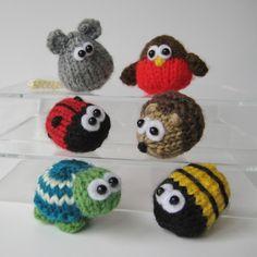 6 Teeny toy animal knitting patterns