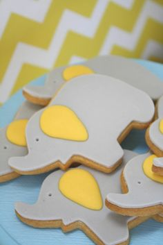 Elephant cookies for ::Noah's dessert table :: by Couture cupcakes and cookies