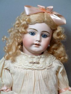 """Simon & Halbig 1009 All-Original Antique Doll with Jointed Shoulder Head 25"""""""