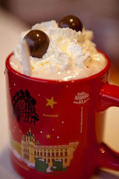 Hot Chocolate, Vienna Christmas Market. http://nickbaylisphotography.com/