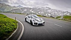 #Porsche911GT2RS.