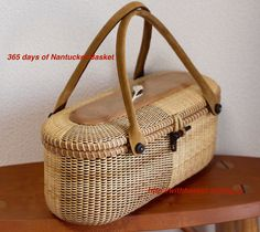 Nantucket Basket Cracker tray as Tote