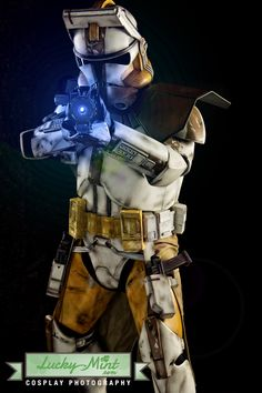 """was among the first generation of clone marshal commanders to be trained by the Advanced Recon Commando gave him the designation """"Bly. Best Star Wars Characters, Star Wars Characters Pictures, Star Wars Pictures, Star Wars Images, Star Wars Concept Art, Star Wars Fan Art, Star Wars Clone Wars, Lego Star Wars, Star Wars Commando"""