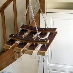 Porte-verres suspendu en barriques du Château Carbonneau  Wine glass holder made out of Chateau Carbonneau's barrels