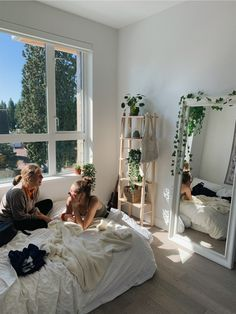 aesthetic bedroom from vsco, natural light white bed mirror decorations plants vines Dream Rooms, Dream Bedroom, White Bedroom, Indie Room, Cute Room Decor, Wall Decor, Room Ideas Bedroom, Bedroom Inspo, Apartment Bedroom Decor
