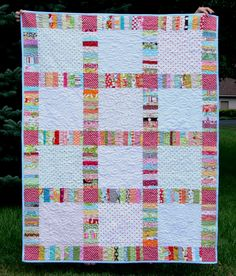 From Crazy Mom Quilts blog - I love the string sashing!