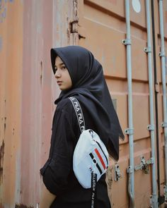 Modern Hijab Fashion, Hijabi Girl, Islamic, Fans, Korean, Beautiful, Random, Instagram, Style