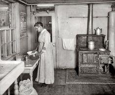 1917 kitchen.