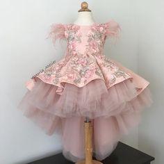 Custom made dress with lace appliqués … - Baby Dresses Flower Girls, Pink Flower Girl Dresses, Gowns For Girls, Little Girl Dresses, Girls Dresses, Baby Dresses, Pageant Dresses, Girls Communion Dresses, Birthday Dresses