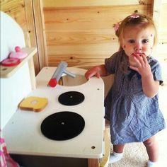 Baby Lux! Aaaawwweeee, she's soooooo adorablee!!!! <3
