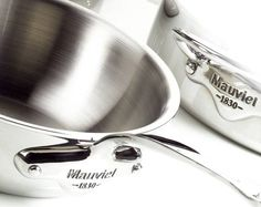 M cook with stainless handles