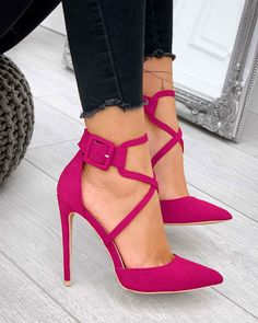 Nice pink shoes with dark jeans Nice pink shoes with dark jeans Pink Shoes, Hot Shoes, Women's Shoes, Me Too Shoes, Shoe Boots, Pink Pumps, Hot Pink Heels, Pink High Heels, Jeans Shoes