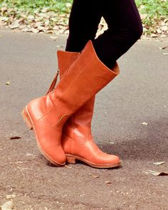 WANDERLUST. Leather boots / Womens leather boots / sizes US 4-13. Available in different leather colors.