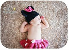Newborn Macy Mouse(inspired by Minnie Mouse) crochet pattern by Puppy Love Creations!  To have a set made, you can contact Puppy Love Creations at: https://www.facebook.com/PuppyLoveCreations