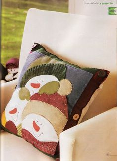 My Home Sweet Home free Snowman Pillow It don't have to be Christmas to decorate with snowmen just winter time Christmas Applique, Christmas Sewing, Felt Christmas, Christmas Snowman, Christmas Projects, Holiday Crafts, Xmas, Felt Pillow, Quilted Pillow