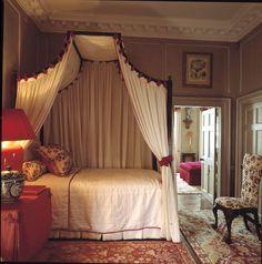 1000 ideas about antique bedroom decor on pinterest for John stefanidis interior design