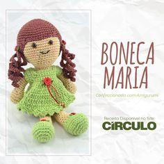 Uma bonequinha simpática para fazer a alegria da criançada e também de adultos! Confeccione a Boneca Maria, com o fio Amigurumi e prepare-se para se apaixonar por esta técnica. Clique na foto para conferir a receita completa.