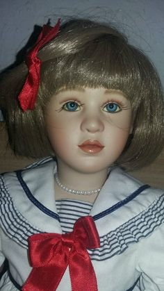 Limitierte Bisqiue Porzellan Puppe mit Zertifikat | eBay